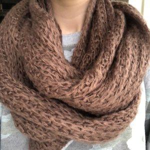 Mauve infinity scarf